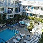 Foto de Beverly Laurel Motor Hotel