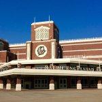 UND Campus: Ralph Engelstad Arena, Home of the Fighting Sioux!