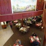 Inside Das Dutchman Essenhaus