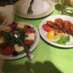 Shrimps and Caprese