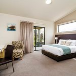 Photo of Quality Suites Seasons 5