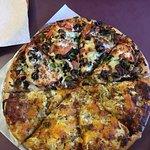 Foto de Kilauea Bakery & Pau Hana Pizza