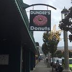 Foto de Dundees Donuts