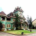 Foto de Sampaguita Gardens