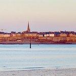Saint Malo intra muros, La cité vue de Dinard.