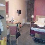 Photo de Antoinette Hotel Kingston upon Thames
