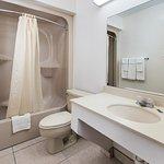 Deluxe Queen Bathroom