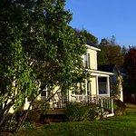 Foto di Yellow Farmhouse Inn