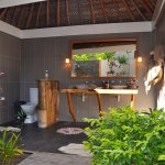 Outdoor bathroom in our bungalow.