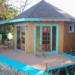 Cottage #6 Cliff Side