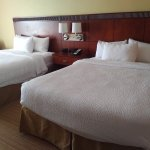 Two queen bedroom at the Courtyard Chicago Schaumburg/Woodfield Mall in Schaumburg, IL