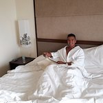 Photo de Taal Vista Hotel