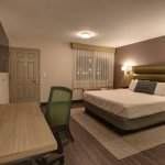 Newly renovated King Room featuring HDTV with 60+ cable channels