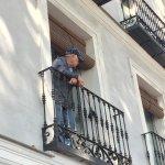 60 Balconies Urban Stay Foto