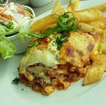 Lasagna with salad and chips
