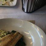 Trucha con rissoto verde de pesto