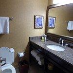 Photo de DoubleTree by Hilton Memphis Downtown