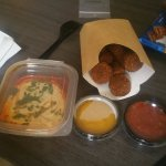Hummus, Falafels and two sauces to take away