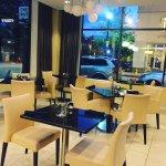 lobby/dining