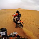 Riding KTM450 in the dunes of Merzouga (4)