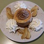 Mille-feuille crème de marron, chantilly, mascarpone & poire fondante