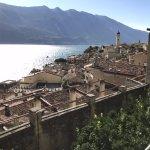 Blick auf die Altstadt von Limone sul Garda