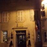 Hotel de Toiras by night