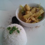 Geang Phed - thai green curry chicken with jasmine rice
