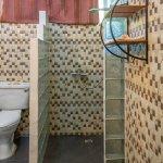 Standard Double room with bathroom-Bathroom