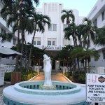 Hall Hotel South Beach