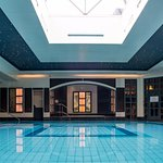 Leisure facilities - poolside