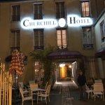 Photo de Hotel Churchill
