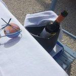 vino sulla sedia