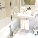 Bathroom with Jacuzzi jet bath