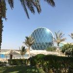 Foto de Al Raha Beach Hotel