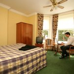 Photo of Elstead Hotel