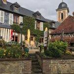"""Très joli """"trou"""" Normand. Ce village est un bijou et ce Restaurant une aubaine de simplicité et"""