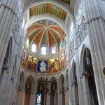 Photo de Catedral de Sta María la Real de la Almudena