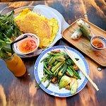 Spring Rolls, Tempeh & Greens, Coconut Milk Pancake & Obi Wan smoothie :-)