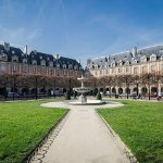 One of the most beautiful little squares in Paris: the place des Vosges