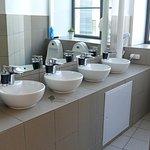 Waschraum Männer - bathroom guys