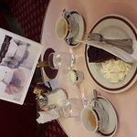 Photo de Cafe Sacher Wien