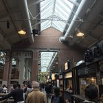 Inside foodhallen with multiple options