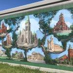 Mural meandering