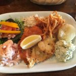 Hot & cold seafood plate