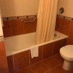 Das WC war top / Badezimmer war außer der Schimmel an der Decke und die Fliegen sauber