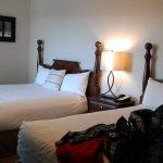 Two Queens bedroom (no fireplace)
