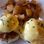 Great eggs benedict with bacon - definitely a thumbs up! Many other great choices as well.