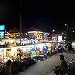 Photo de Night Bazaar