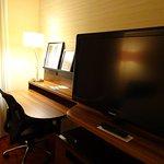 desk / tv area